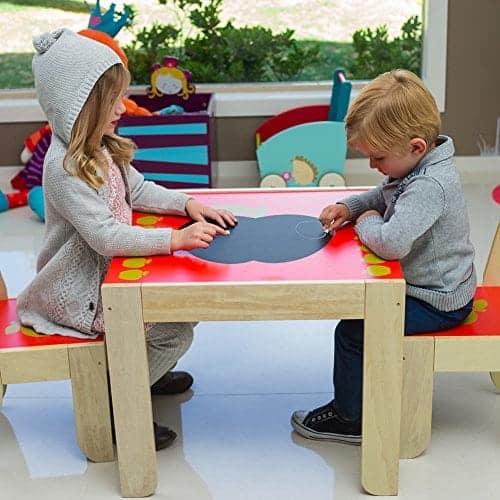 labebe kinder apfel sitzgruppe mit 1 kindertisch 2. Black Bedroom Furniture Sets. Home Design Ideas